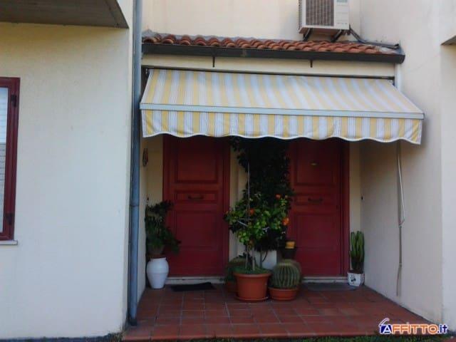 Villetta con Giardino a Piombino! - Piombino - Villa