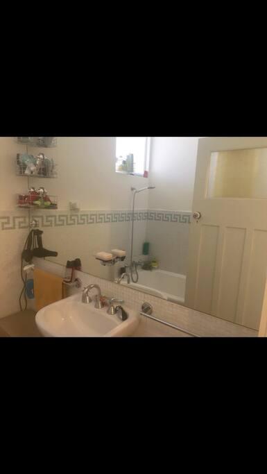 Cute clean bathroom