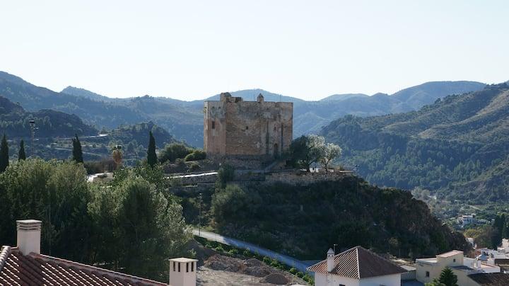 Vista del Castillo, Vélez de Benaudalla