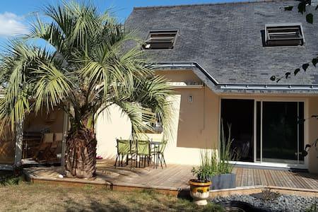 Jolie maison, 200m plage et proche de Lorient