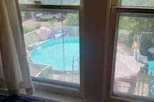Single bed near downtown Des Moines