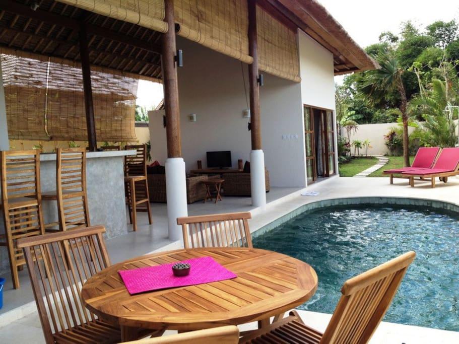 villa n 39 coh canggu auf bali villen zur miete in kuta utara bali indonesien. Black Bedroom Furniture Sets. Home Design Ideas