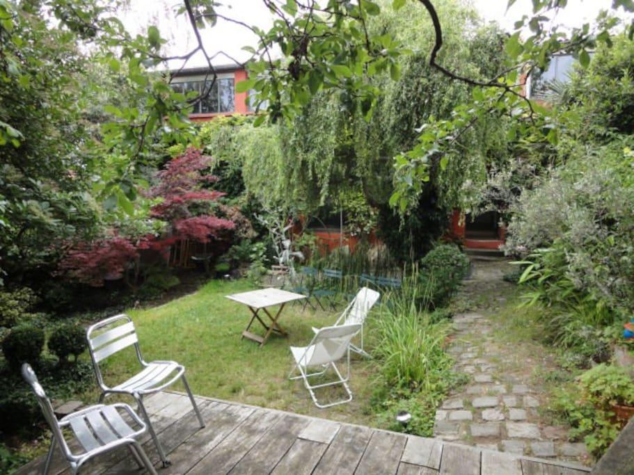 Loft 350 m2 avec plantes et jardin houses for rent in montreuil le de france france - Maison rouen jardin des plantes montreuil ...