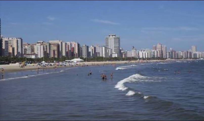 Frente p/o mar.Segurança e conforto.Quarto inteiro - Santos - Appartement