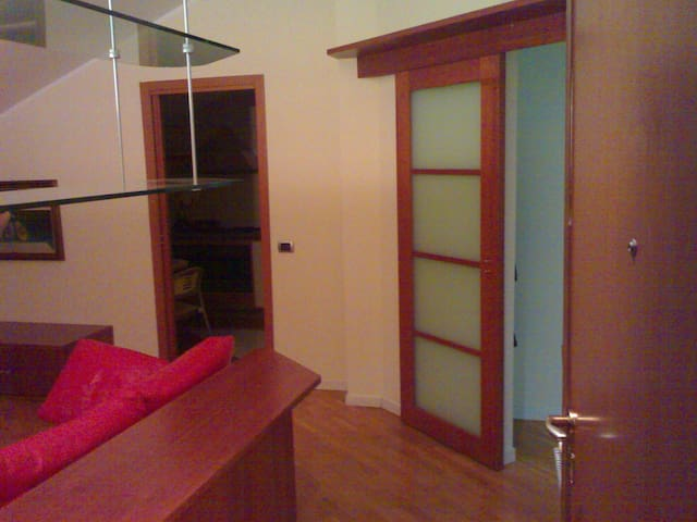Beautiful house 40 km from Milano - Sant'angelo Lodigiano - Apartamento