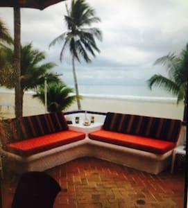 Depto frente a la playa Casa Blanca - Esmeraldas