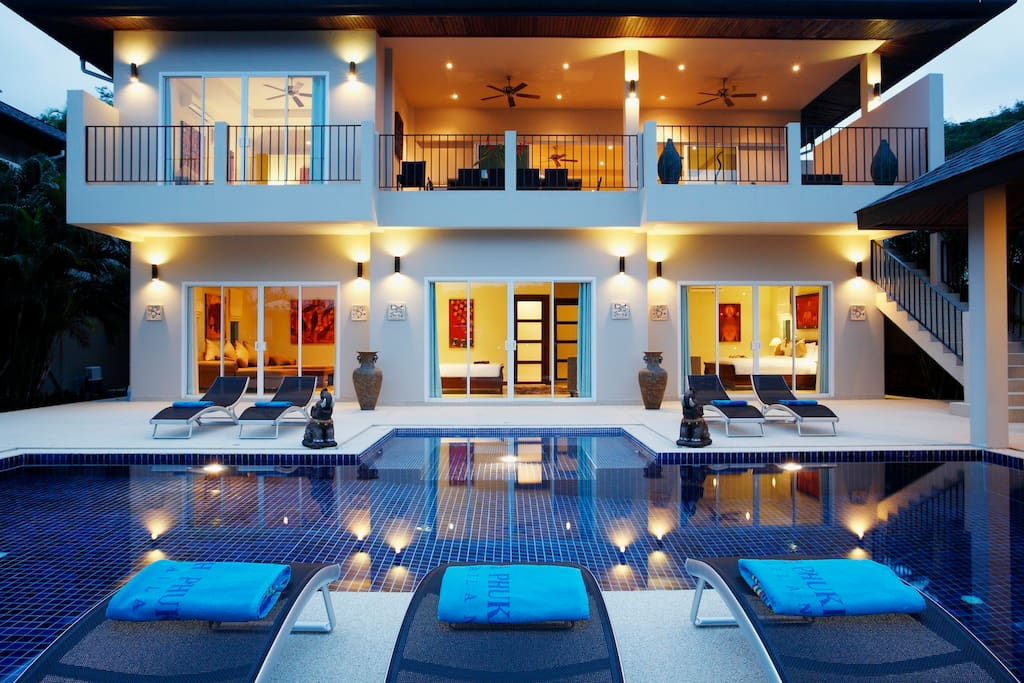 Spacious villa comfortably accommodating up to 16 guests