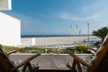 vistas a la playa desde la terraza