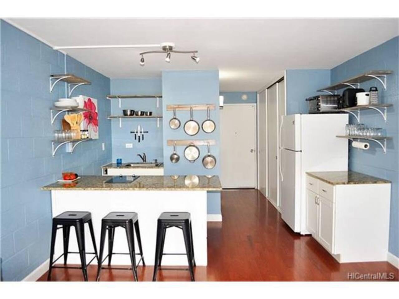 Oceanfront Studio On A Quiet Beach - Condominiums for Rent in Hauula ...