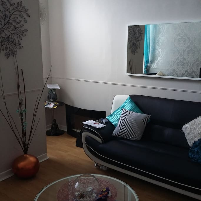Open plan livingroom / kitchen