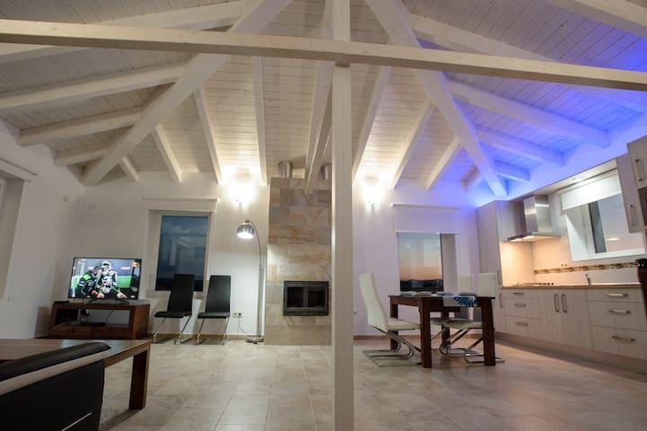 Vivienda rural Blancares Casa B - Alcalá la Real - Дом