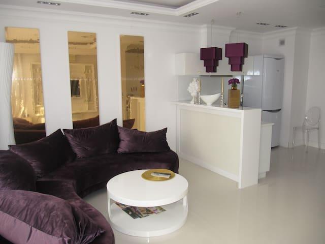 Luksusowy apartament w Ryni - Rynia - Daire
