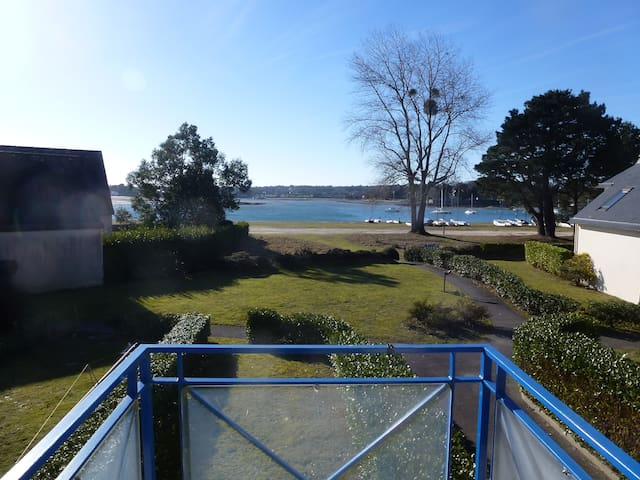 maison cosy face a la mer - La Forêt-Fouesnant - House