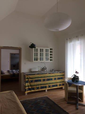 Krásný a nový bungalov Amélie - Kosoř - Talo