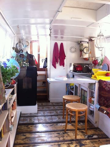 Cosy houseboat in artistic area of Amsterdam! - Amsterdam - Boat
