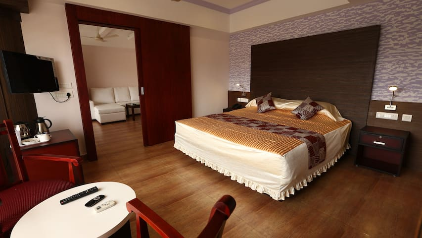 Pearl Royal - Suite Room,with all essentials