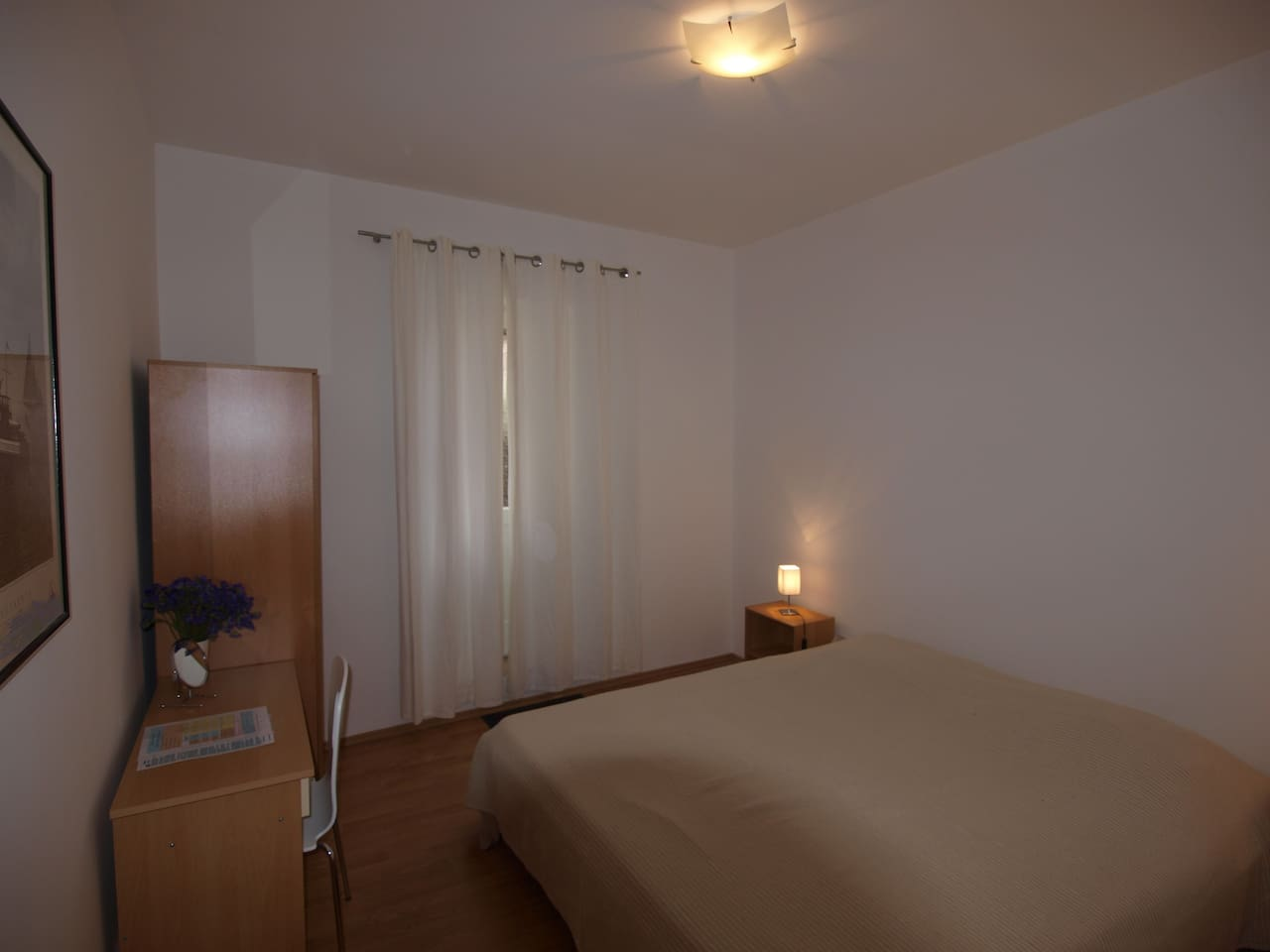 room with double bed (with exit to the terrace)