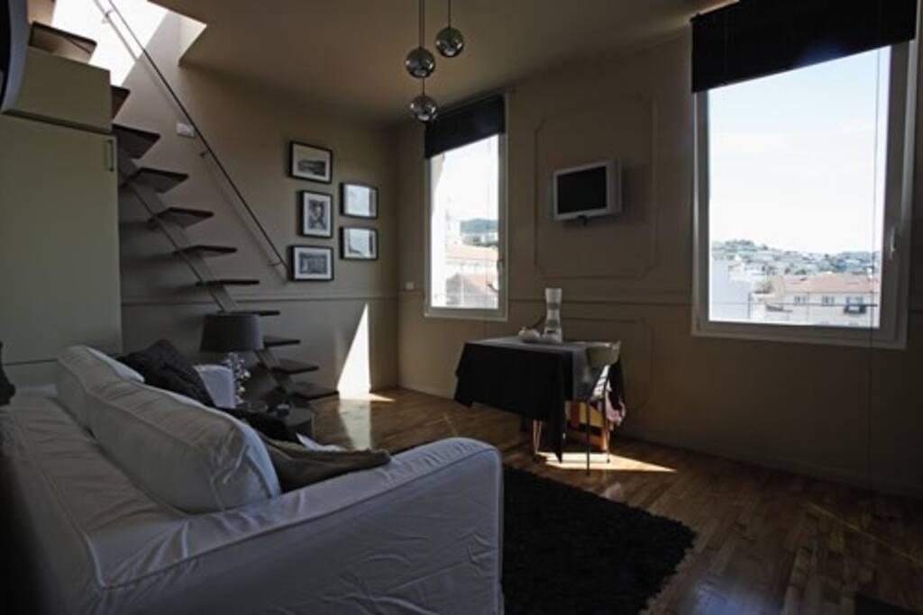 gemutliche wohnung mit dachterrasse wohnungen zur miete. Black Bedroom Furniture Sets. Home Design Ideas