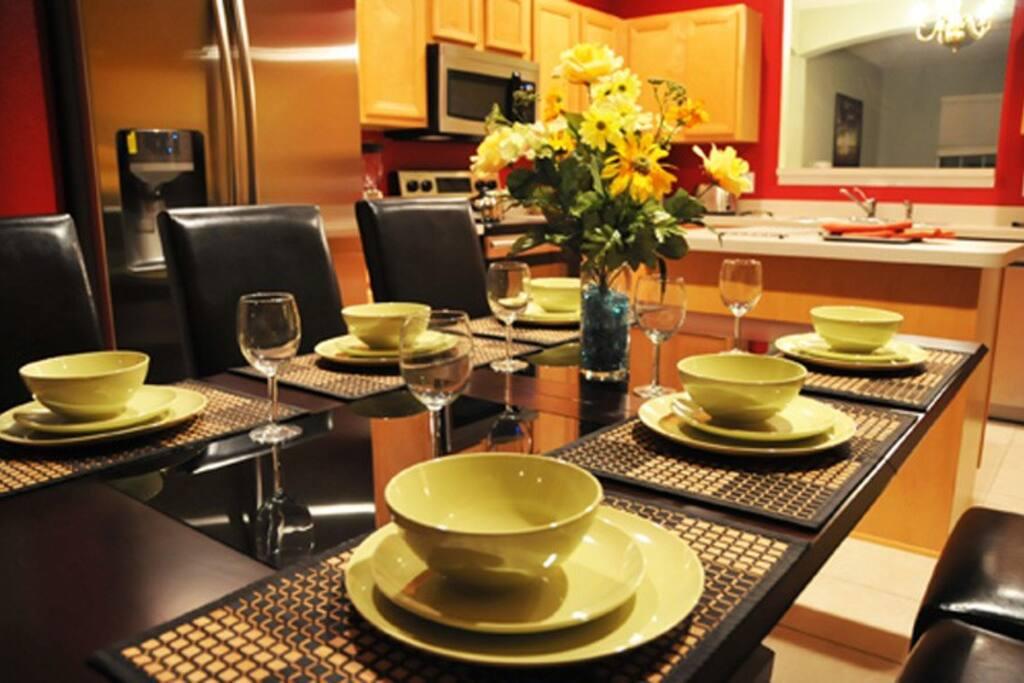 Sweet Home Vacation: 7 Bedrooms Villa Solana Resort #2 (Dining Table)