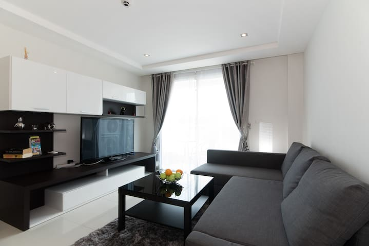 48sqm 1-bedroom apartment w/ pool - Pattaya - Apartmen