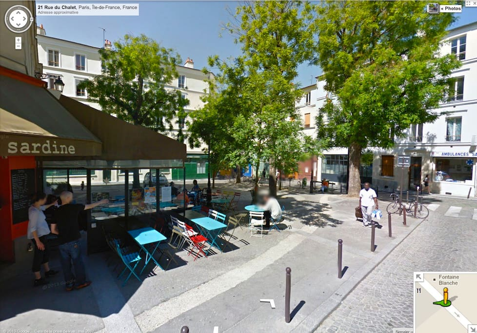 Place Sainte Marthe : The best cafe terrasse to chill out with friends (50 meters from the apartment, so you won't be disturb with the noise).