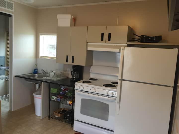 "Park Model ""B"" near Canton Lake-$298 for a week!"