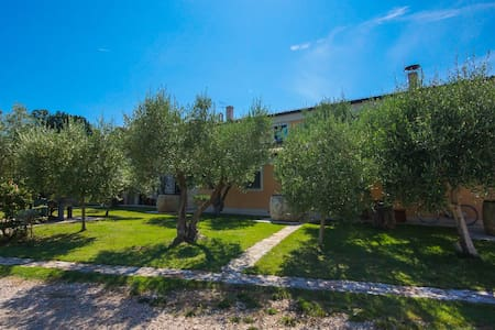 GH Olive - guest room Mia - Umag - Bed & Breakfast