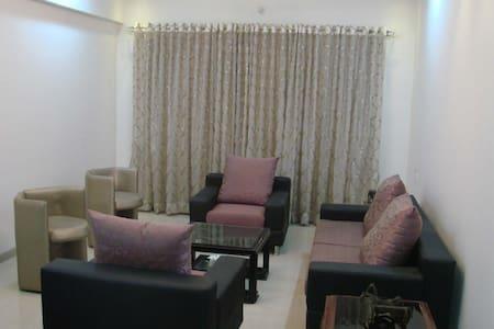 14 Square Ghansoli - Navi Mumbai - Bed & Breakfast