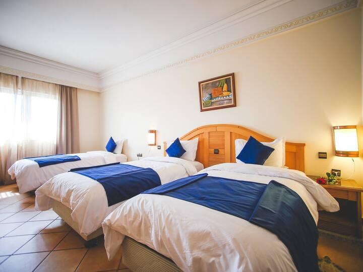 Hotel Menzeh Dalia - Triple Room