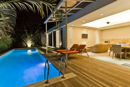 15m pool 2 bed 10min beach Seminyak - Kuta