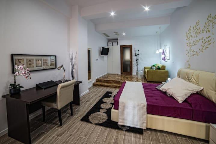 Villa Regina, 4 Splendide Suite - Reggio Calabria - Villa