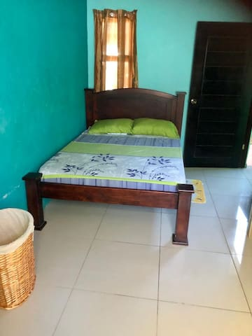 Beautiful Authentic Tico Apartment fully equipped