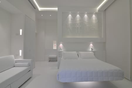 Vittorio Veneto Matera Luxury Rooms - Matera
