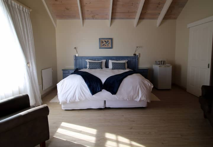Baywatch Guest House - Blue Mussel Room