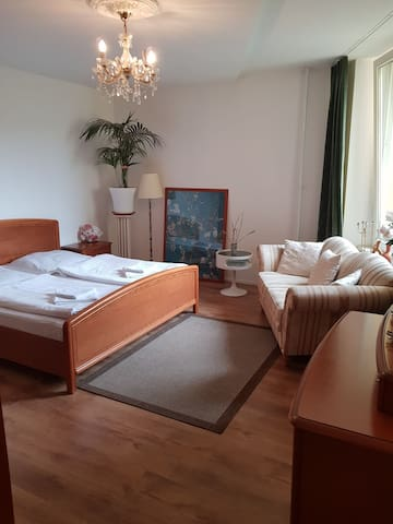large, comfortable room in the center of berlin..