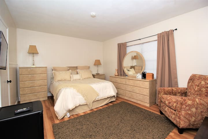 Sea Steps Suites Queen Bedroom w refrigerator 8