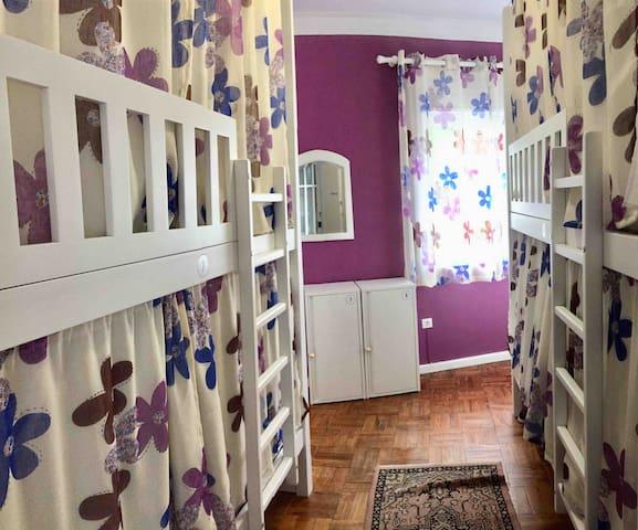 Hostel orquidea feminino 2