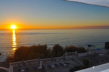 Kostas Beach Apartments 1 - Agios Gordios - Daire