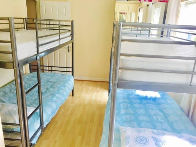 4 Bed Ensuite Room