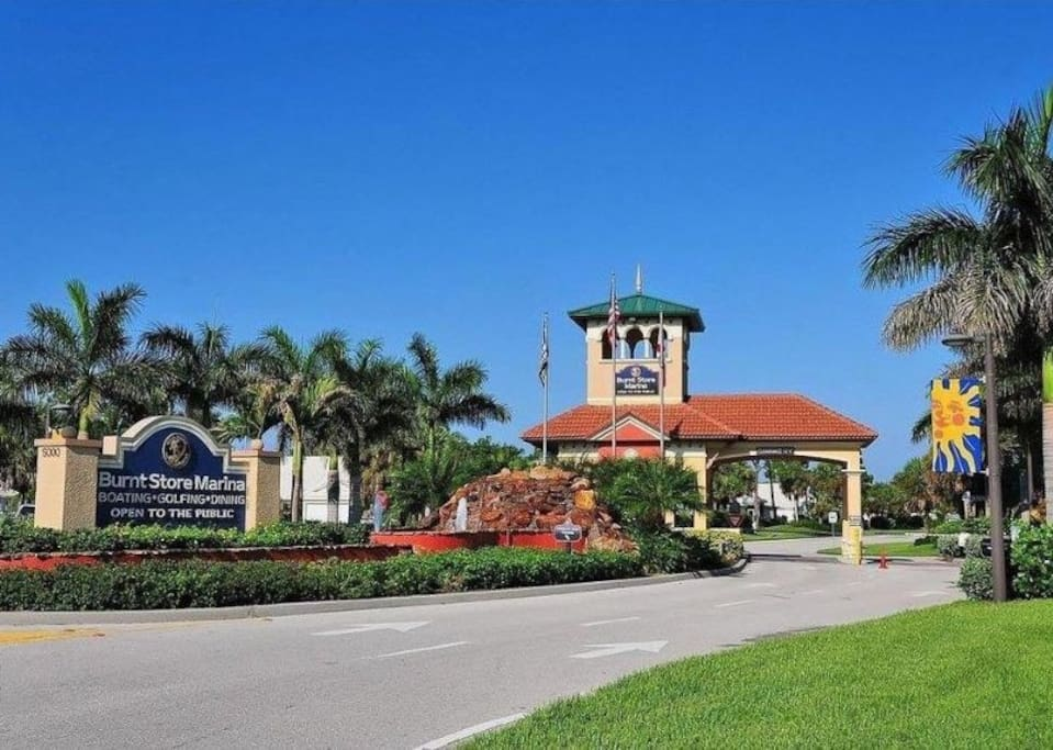 Guard-gated entrance to Burnt Store Marina, well known for its golfing, fishing, boat access and large marina!