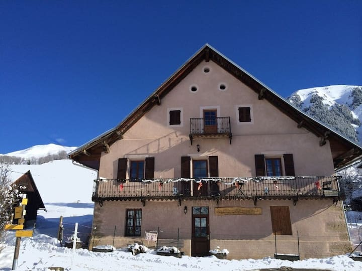 Appartement 1-Edelweiss-50 m²-4 couchages-Sybelles