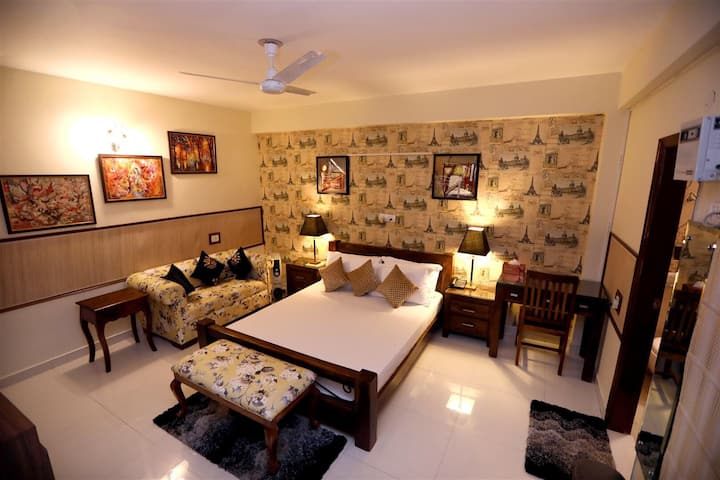 HOUSE OF COMFORT (GREATER NOIDA)