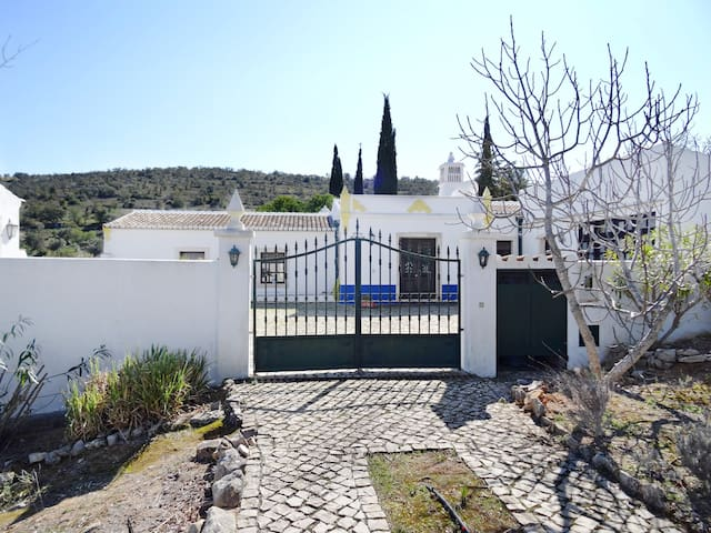 Portugiesisches Landhaus - Paderne - Ev