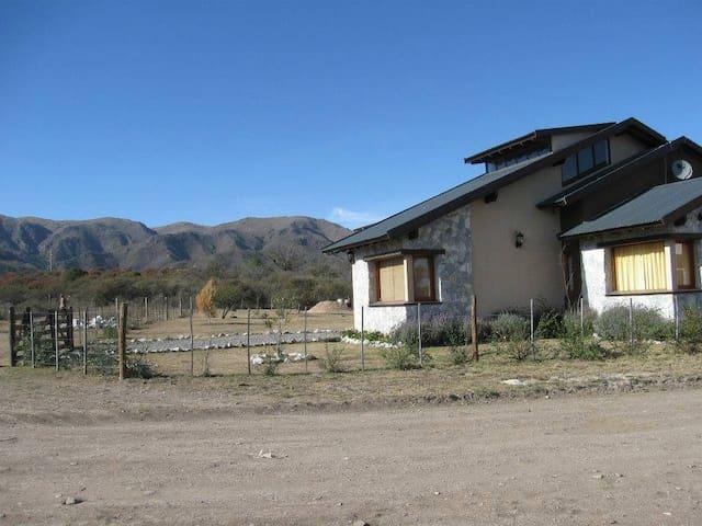 Hermosa Cabaña en Villa GIardino