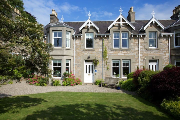 Dunmurray Lodge Guesthouse, Pitlochry