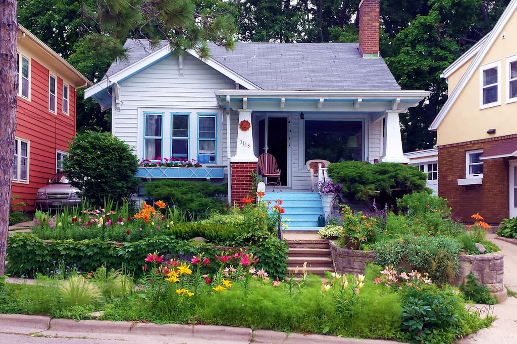 Private Room Bungalow On The Lake Cottages For Rent In Madison Wisconsin United States