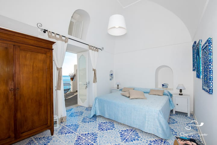 Blue Room on terrace sea view