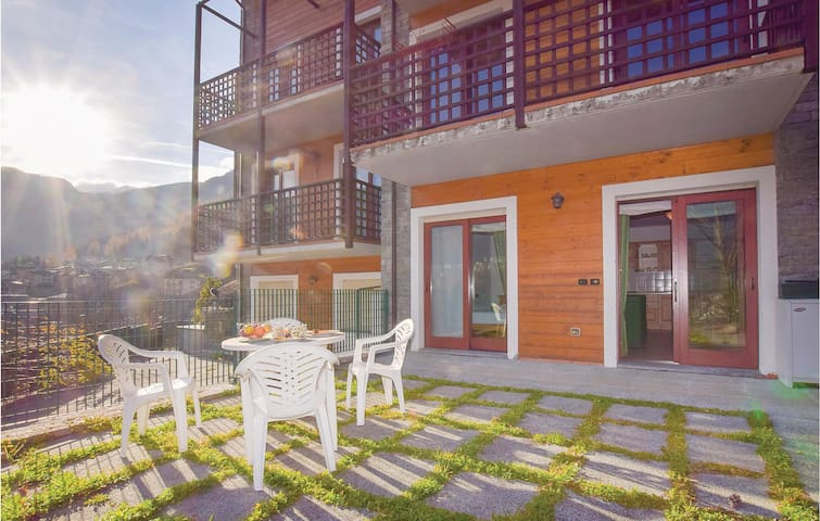 Holiday apartment with 1 bedroom on 60 m² in Chiesa in Valmalenco
