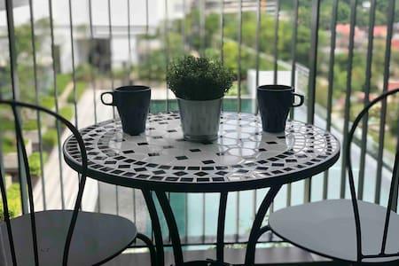 3 bedroom Poolview Suite @ Melawati, Kuala Lumpur