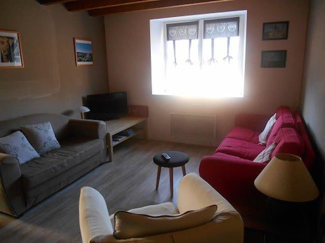 Maison de village   - Prunières - Casa